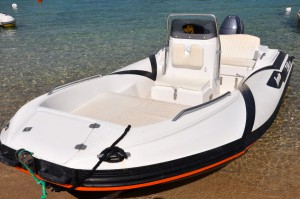 dinghy hire sardinia